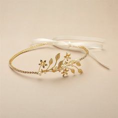Baby Pearl Floral Sprigs Hand-Crafted Designer Headband Gold or Silver Gold Ring Designs, Gold Bangles Design, Gold Earrings Designs, Gold Jewellery Design, Bracelet Designs, Gold Jewelry Simple, Stylish Jewelry, Fashion Jewelry, Bridal Jewelry