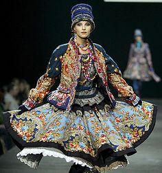 russian couture kleur detail Alles is mooi hier, misschien toch een keer naar rusland?