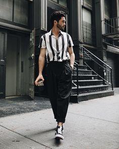 Stylish 40 Flawless Black Men Style Ideas That Looks Modern Fashion Mode, Trendy Fashion, Fashion Looks, Mens Fashion, Fashion Outfits, Fashion Tips, Fashion Trends, Style Fashion, Trendy Style