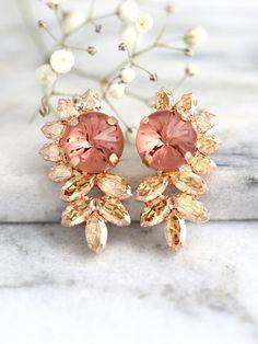 Refreshing Emerald Earrings For You - Style Behind the Scenes Rose Earrings, Bridal Earrings, Israeli Wedding Dress Designer, Blush Bridal, Swarovski Crystal Earrings, Blush Roses, Bridesmaid Earrings, Bridal Accessories, Statement Earrings