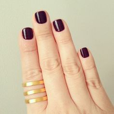 LE FASHION BLOG INSTAGRAM PICTURES DARK RED BURGUNDY WINE NAILS NAIL POLISH MANICURE GOLD LADY GREY JEWELRY TRIO BAND RING REPOSSI INSPIRED RING 3