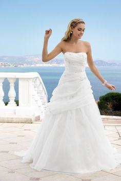 Ladybird trouwjurk bij Xsasa bruidsmode - model 34054