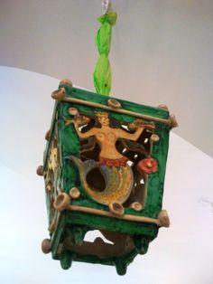 Lanterna in ceramica con sirena. Un pezzo della collezione museale di Vietri sposto a piano terra di Villa Guariglia, a Raito #vietri #italia #costa amalfitana #raito #ceramica
