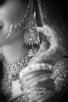The Dulhan Wedding Storyz Indian Bride Indian Wedding Indian Groom South Asian Bridal wear Lehenga Bridal Jewellery Makeup Hairstyling Indian South Asian Mandap decor Asian Bridal Jewellery, Asian Bridal Wear, Indian Bridal, Bridal Jewelry, Indian Jewelry, Indian Wedding Photography Poses, Bride Photography, Indian Groom, Bride Indian