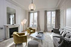 Une réalisation WOM Design smg@womdesign.fr Salon Appartement Haussmanien Paris 17ème