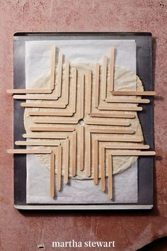 Making a creative dish to serve up to your family will be as easy as pie with this recipe-turned-craft. Round up your Popsicle sticks to create a custom stencil crust to pair with the pie filling of your choice. #marthastewart #holidayrecipes #holiday Popsicle Stick Crafts, Popsicle Sticks, Craft Stick Crafts, Fun Crafts, Craft Ideas, Kids Things To Do, Fun Things, Diy Room Decor Videos, Diy For Kids