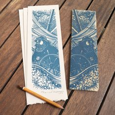 Xilogravura / Woodcut – I like the composition Stencil, Sketch Manga, Wie Zeichnet Man Manga, Stamp Carving, Linoprint, Illustrator, Linocut Prints, Woodcut Art, Wood Engraving