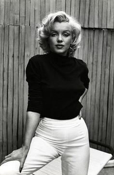 Marilyn Monroe - Photos and Quotes - Bizarre Los Angeles - Celebs Marilyn Monroe Stil, Marilyn Monroe Fotos, Marylin Monroe Style, Marylin Monroe Pictures, Marilyn Monroe Body, Marilyn Monroe Outfits, Marilyn Monroe Wallpaper, Marilyn Monroe Costume, Life Magazine