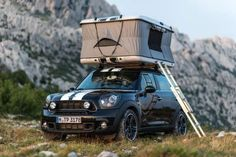 MINI Countryman Camp, Clubvan Camper and Cowley Caravan: MINI Goes Camping MINI loves to make really cool one-off design studies that would (and could) actually be sold and then never, ever sell them. Kinda mean, don't you TickTickVroom Nick Glasnovich Mini Countryman, Mini Clubman, Country Man, Kia Soul, Top Tents, Roof Top Tent, Motorhome, Vw Bus, Luxury Campers