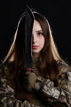 Girl with a Weapon frer xxx Military girl . Women in the military . Women with guns . Girls with weapons World's Most Beautiful, Beautiful Women, Guerrero Ninja, Mädchen In Uniform, Joining The Army, Military Women, Military Army, Russian Beauty, Female Soldier