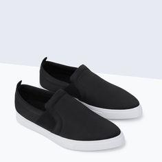 FLAT SNEAKER from Zara | vegan shoes