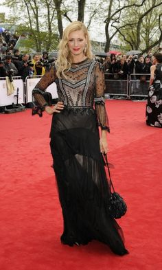 Our best dressed has to go to the gorgeous Kara Tointon, who looked stunning in a fringed flapper style gown! But who get's your fashion vote...? #fashion #celebrities #BAFTA #redcarpet