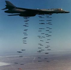 Rockwell B-1B Lancer supersonic bomber United States Air Force- The Bone.