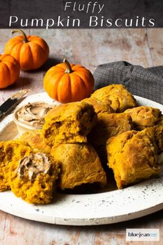 Pumpkin Buttermilk Biscuits are perfect to serve with your Thanksgiving Dinner. Really simple to make and so much better than storebought. These classic light and fluffy buttermilk biscuits have pumpkin purée and pumpkin pie spices baked in for amazing flavor. Make your holiday even more special by serving these biscuits to your friends and family. #bluejeanchef #biscuits #thanksgivingrolls Homemade Biscuits, Buttermilk Biscuits, Pumpkin Pie Spice, Pumpkin Puree, Cooking Bread, Sweet And Salty, Pumpkin Recipes, Great Recipes, Favorite Recipes