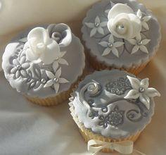 wedding cupcakes silver by icedcakes Silver Cupcakes, Fancy Cupcakes, White Cupcakes, Pretty Cupcakes, Beautiful Cupcakes, Sweet Cupcakes, Yummy Cupcakes, Wedding Cupcakes, Wilton Cupcakes