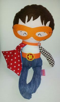 BlijSpul Hero Doll naar patroon van Dolls And Daydreams