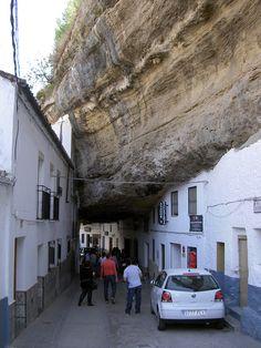 Viviendo bajo la piedra: Setenil de las Bodegas