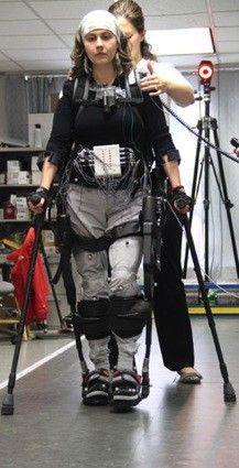 Ekso Bionics' exoskeleton used to let paraplegics walk (video)
