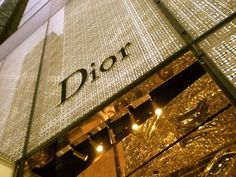 Image shared by DAILY GLAMOROUS. Find images and videos about luxury, gold and dior on We Heart It - the app to get lost in what you love. Dior Store, Boujee Aesthetic, Aesthetic Images, Luxury Store, Luxe Life, Glamour, Gold Walls, Perfect World, New Wall
