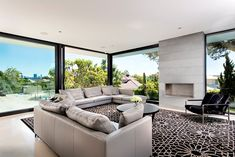 Lavish Modern Residence In Perth Enjoying Lovely Views of the Swan River  [ Read More at www.homesthetics.net/lavish-modern-residence-in-perth-enjoying-lovely-views-of-the-swan-river/ © Homesthetics - Inspiring ideas for your home.]