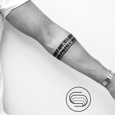 Armband Tattoos, Armband Tattoo Design, Forearm Tattoos, Body Art Tattoos, Cool Tattoos, Jesus Hand Tattoo, Wrist Band Tattoo, Tattoo Bracelet, Band Tattoo Designs