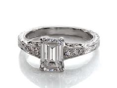 1.12 CT EMERALD CUT VINTAGE STYLE ENGAGEMENT RING