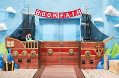 Create a sea-worthy Book Fair entrance. Capture more than just your school's attention! Look for how-to instructions in the Chairperson's Toolkit. Fair Files keyword: ENTRANCE. #mybookfair