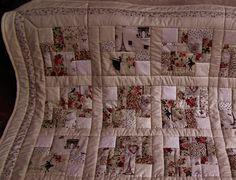 Gastgeschenke - Neu!!! Romantische Patchworkdecke ! - ein Designerstück von meine-bunte-flickenecke bei DaWanda