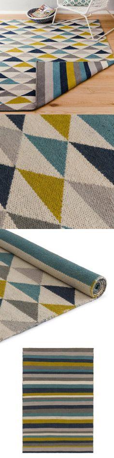 Möchten Sie Ihren Boden lieber mit Streifen oder Dreiecken dekorieren? Sie können sich jeden Tag neu entscheiden, da unser Teppich Barli ein zweiseitiges Design besitzt. Der von Hand gewebte Teppich besteht aus bester Schurwolle und Baumwolle und vereint die Webtraditionen Indiens mit dänischen Designansprüchen.