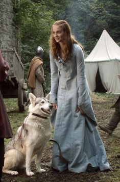 Sansa and her dire wolf Lady Game Of Thrones Series, Game Of Thrones Facts, Game Of Thrones Costumes, Got Game Of Thrones, Perfect Image, Perfect Photo, Red Hair Pictures, Game Of Thrones Wolves, Larp