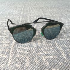 Christian Dior sunglasses Good condition, only a couple of scratches on the lens. super hot! Box not included. Dior Accessories Glasses