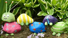 Well isn't he a cute little guy to have in the garden?! Made from painted rocks! I'm gonna have the girls make these