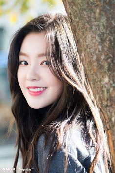 Irene from red velvet Red Velvet アイリーン, Irene Red Velvet, Seulgi, Kpop Girl Groups, Kpop Girls, Korean Beauty, Asian Beauty, Mode Ulzzang, Red Valvet