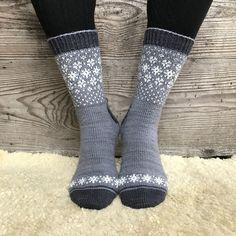 Ravelry: Wishing for Snow Socks pattern by Runningyarn Crochet Socks, Knitting Socks, Hand Knitting, Knit Crochet, Knit Socks, Woolen Socks, Knitting Patterns Free, Knit Patterns, Lots Of Socks
