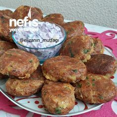 PATATES KÖFTESİ Easy and delicious Potato patties recipe from Elizanin cuisine. Yummy Recipes, Cooking Recipes, Meat Recipes, Dessert Recipes, Potato Patties, Patties Recipe, Good Food, Yummy Food, Turkish Recipes