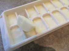 How do you keep a constant supply of fresh Greek yogurt on hand? Freeze it in ice cube trays! Toss the cubes into smoothies or thaw for use in recipes. Frozen Greek Yogurt, Ice Cube Trays, Smoothies, Cubes, Recipes, Creative, Smoothie, Ice Makers, Recipies