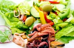 Catch,         Beverages, Seafood                    2362 Market St, San Francisco, 94114  http://munchado.com/#!restaurants/menuordering/838