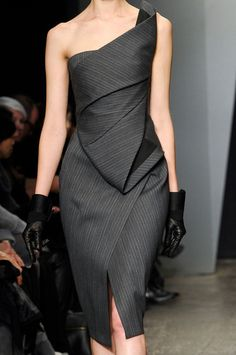 Donna Karan Fall 2012 Stunning Chic Structured Pinstriped Dress with front Slit ♠♥✤ Runway Fashion, High Fashion, Fashion Beauty, Womens Fashion, Women's Couture Fashion, Dress Fashion, Donna Karan, Mode Lookbook, Fashion Clothes