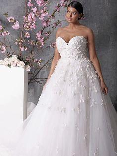 Custom plus size wedding dresses pinterest dressmaker empire 18 romantic and eye catching plus size wedding dresses junglespirit Image collections