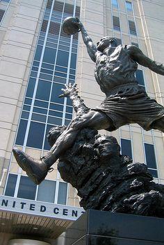 Jordan Statue, outside the United Center in Chicago. Michael Jordan Statue, Michael Jordan Pictures, Buckingham Fountain, Jeffrey Jordan, United Center, Washington Wizards, Chicago Photos, Chicago Travel, Fairytale Castle