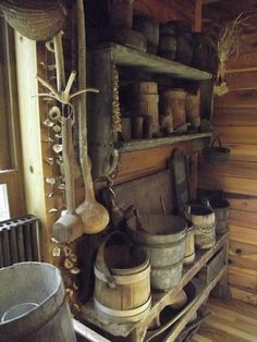 Link to Home of Amy-Home of the Mountain Dweller. Primitive Homes, Primitive Kitchen, Primitive Antiques, Country Primitive, Primitive Decor, Prim Decor, Country Decor, Rustic Decor, Country Living