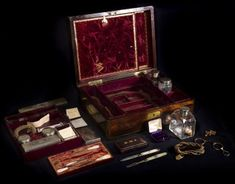 Mary Shelley's dressing case Shelley kept relics of the ones she loved—collecting their hair in folded paper packets and treasuring the objects they used daily. Some of these are still in this case,. Relic Hunter, Victor Frankenstein, Lovers Eyes, Mary Shelley, Mourning Jewelry, Bottle Box, Hair Locks, Writers And Poets, Glass Containers