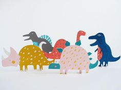 Printable Dinosaur Cut-Out Toys ⋆ Handmade Charlotte Little ones will have big fun bringing the past to life with paper and paint. Dinosaur Cut Outs, Paper Dinosaur, Dinosaur Crafts, Dinosaur Party, Dinosaur Birthday, Dinosaur Dinosaur, Diy Toys, Handmade Toys, Diy Painting