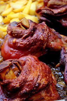 Meat Recipes, Chicken Recipes, Cooking Recipes, Pork Hock, Tender Steak, Hungarian Recipes, Dried Beans, Tandoori Chicken, Bean Soup