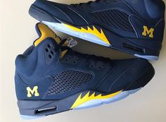 Your destination for authentic sneaker online shopping, we carry the latest Nike, Air Jordans, adidas, and other brands as well as the clas. Jordan V, Jordan Shoes, Wwe Outfits, Climbing Shoes, Urban Looks, Sports Shoes, Nike Huarache, Shoe Collection, Michigan Wolverines