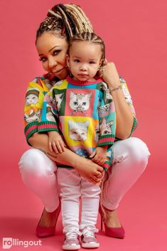 Tiny & Heiress: Adorable Pics Of The Two Together — Photos – Hollywood Life Cute Black Babies, Cute Babies, Cute Kids, Mother Daughter Matching Outfits, Mommy And Me Outfits, Baby Momma, Mom And Baby, Mommy Daughter Photography, Tiny Harris