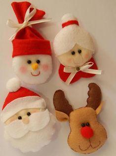 @ decori natalizi in feltro e pannolenci, Christmas Felt,Modelos de Papai Noel em Feltro Easy Christmas Ornaments, Crochet Christmas Decorations, Christmas Favors, Felt Decorations, Felt Ornaments, Christmas Elf, Christmas Stockings, Christmas Projects, Christmas Crafts