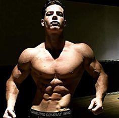 Adrien Laurent après son impressionnante transformation physique