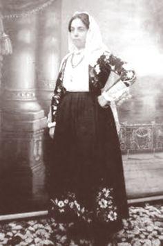 Ninetta Bartoli la prima donna sindaco d'Italia - La Donna Sarda