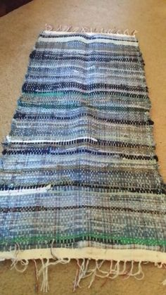 Denim mat with green fabric Check out this item in my Etsy shop https://www.etsy.com/listing/208253132/handwoven-denim-with-green-fabric